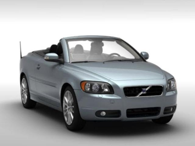Junk 2009 Volvo C70 in Saint Louis