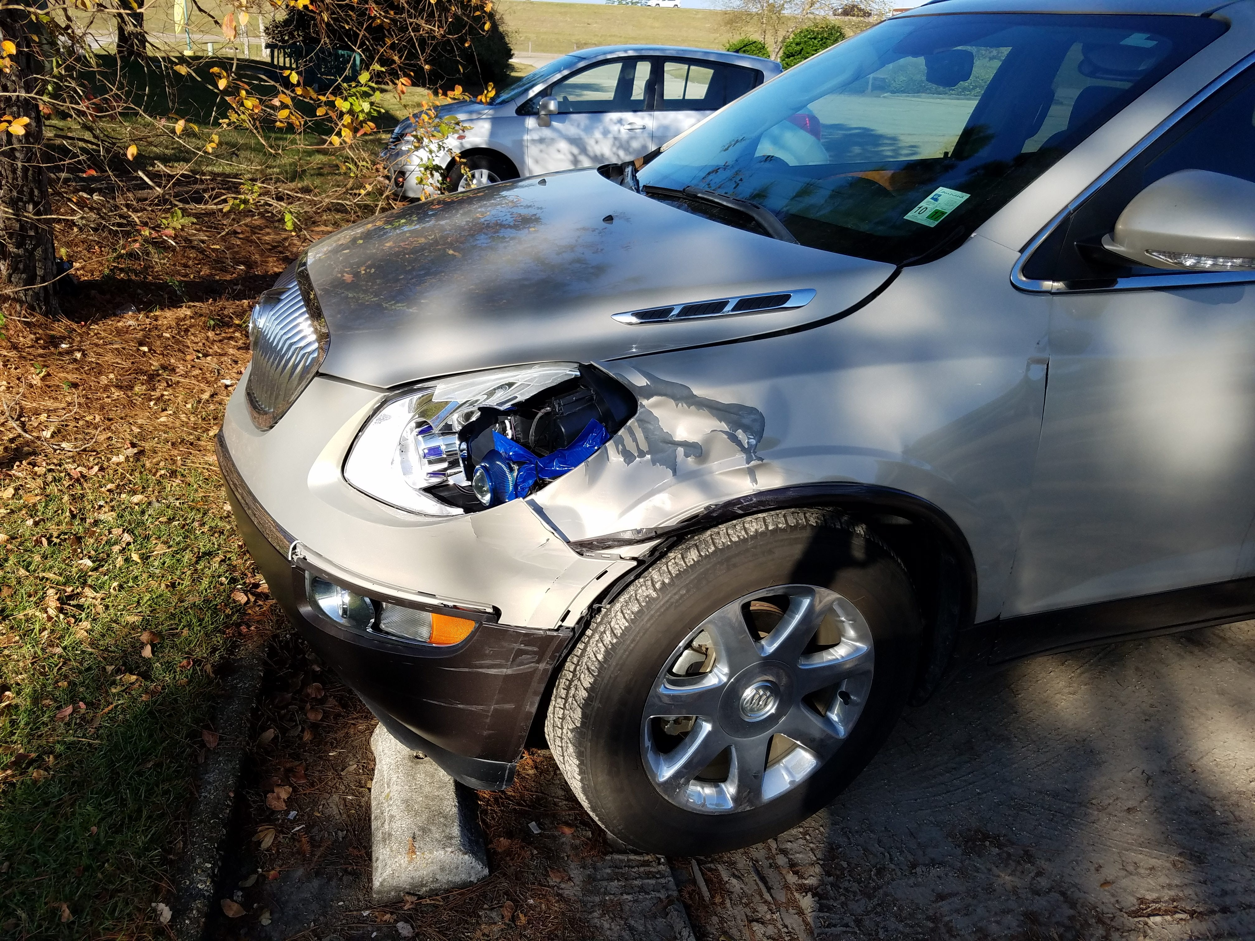 Junk 2010 Buick Enclave in Madisonville