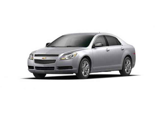 Junk 2010 Chevrolet Malibu in Columbus