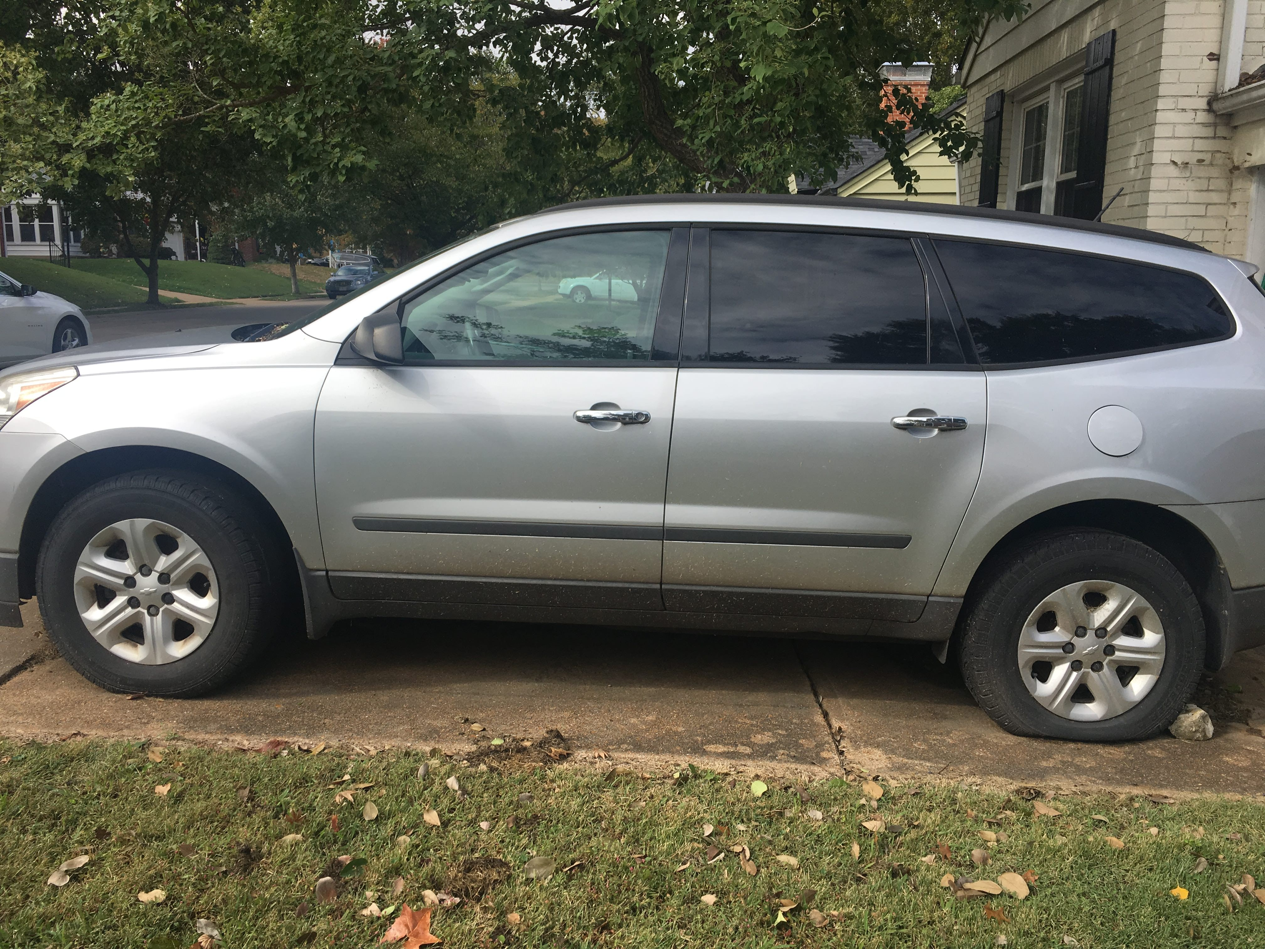 Junk 2010 Chevrolet Traverse in Saint Louis