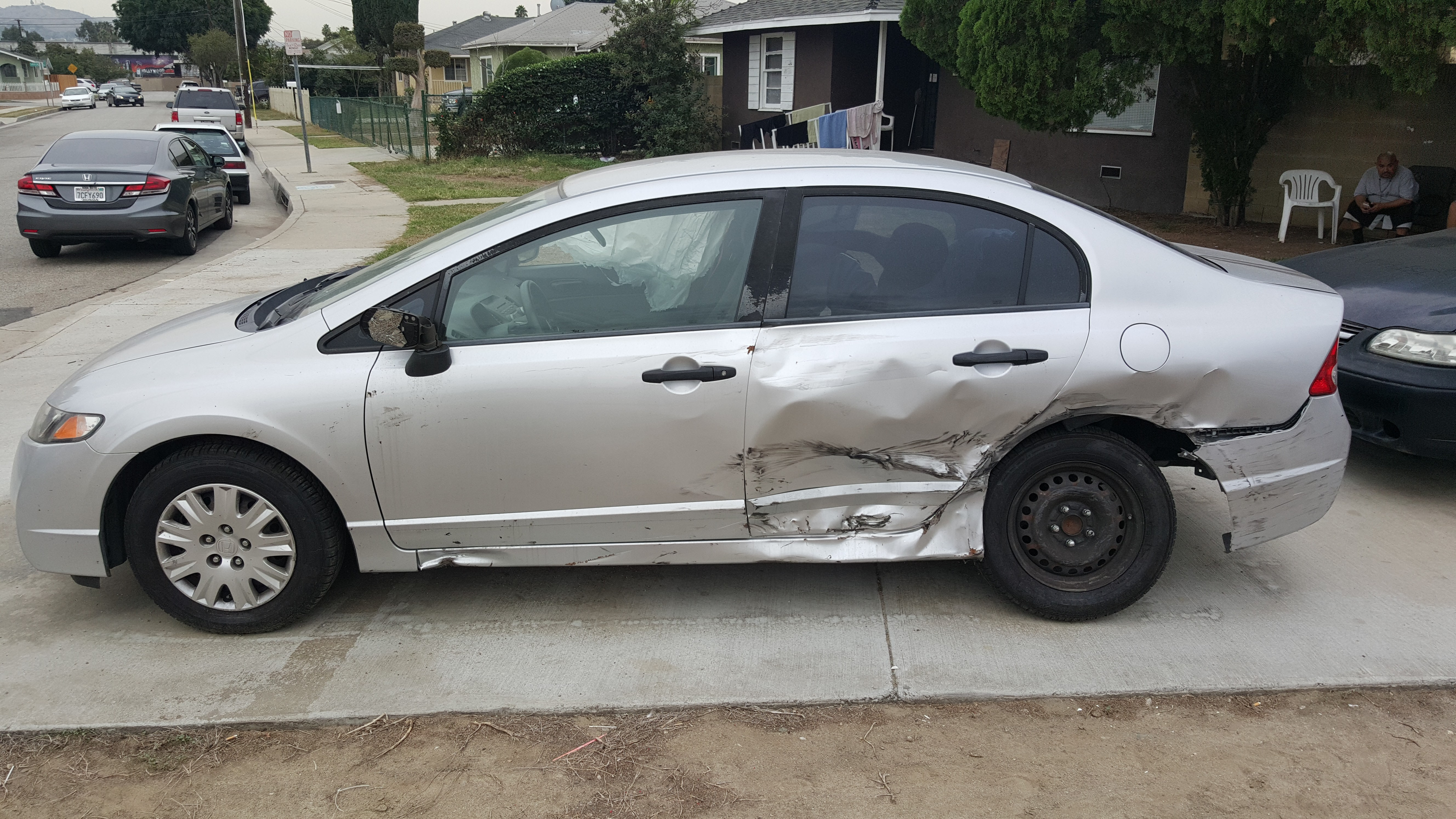 Junk 2010 Honda Civic in Pico Rivera