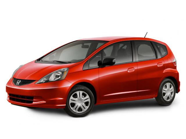 Junk 2010 Honda Fit in Norton