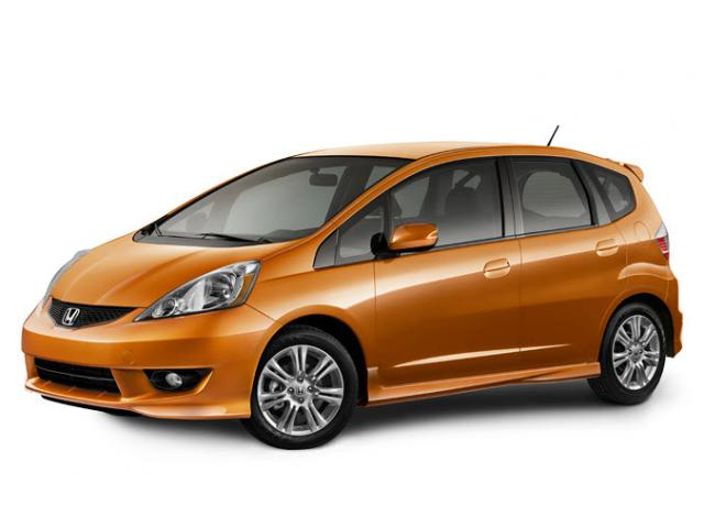 Junk 2010 Honda Fit in Oakland