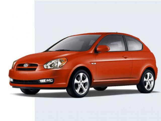 Junk 2010 Hyundai Accent in Lompoc
