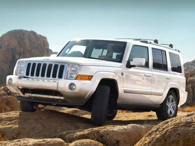Junk 2010 Jeep Commander in Saint Augustine