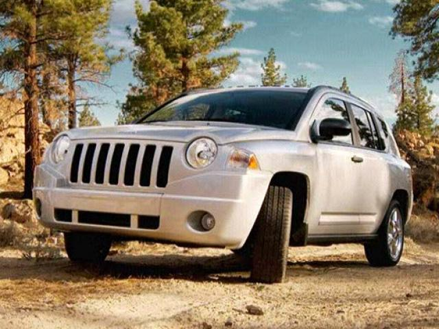 Junk 2010 Jeep Compass in Portland