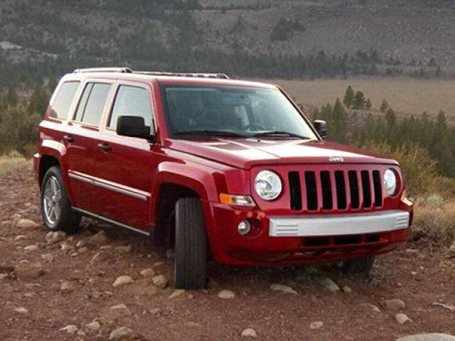 Junk 2010 Jeep Patriot in Pontiac