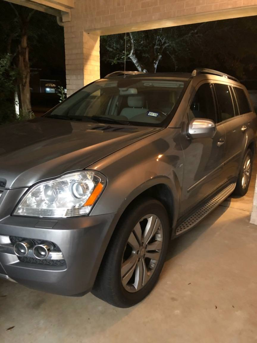 Junk 2010 Mercedes-Benz GL in Pearland