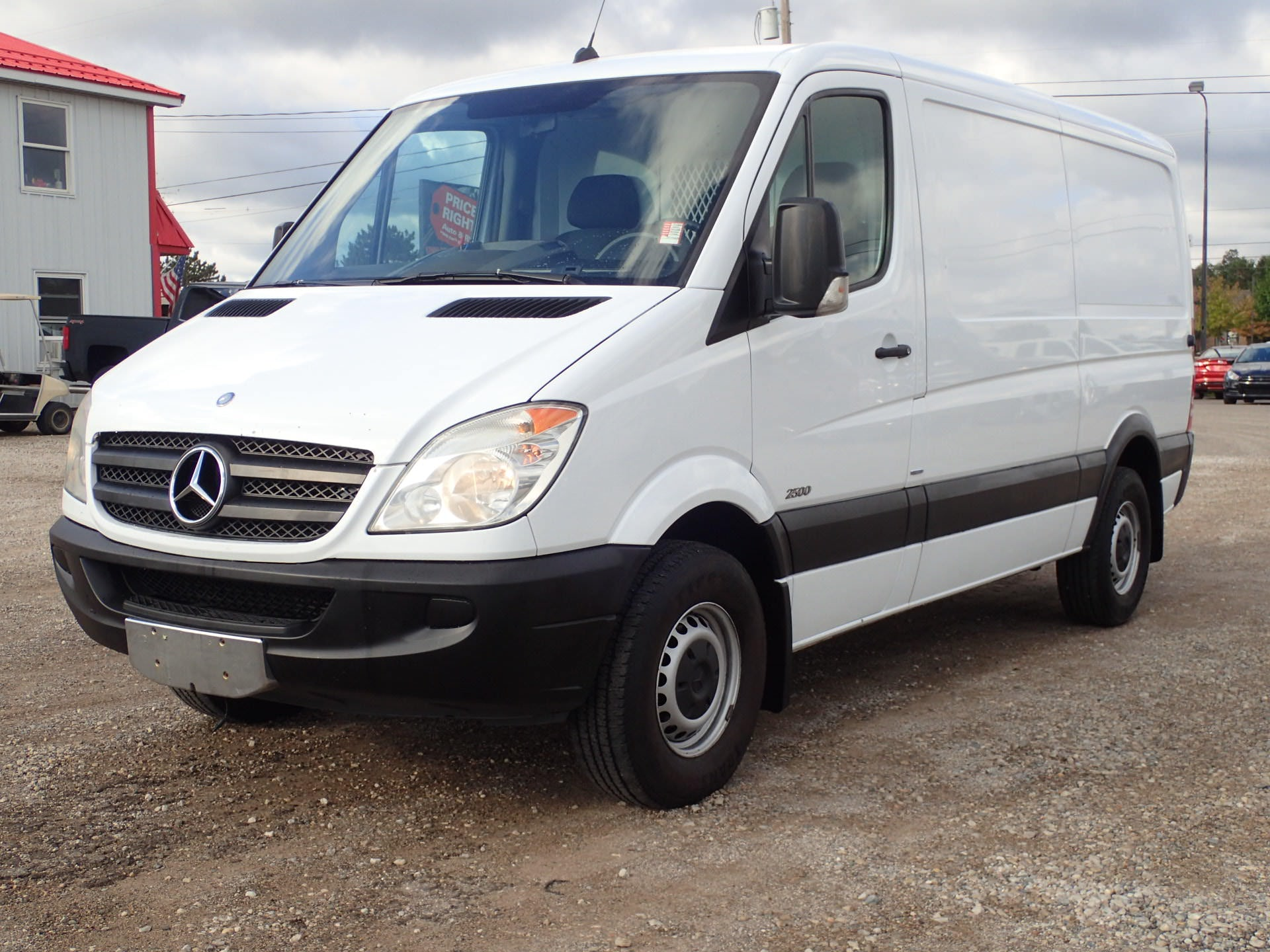 Junk 2010 Mercedes-Benz Sprinter in Dewitt