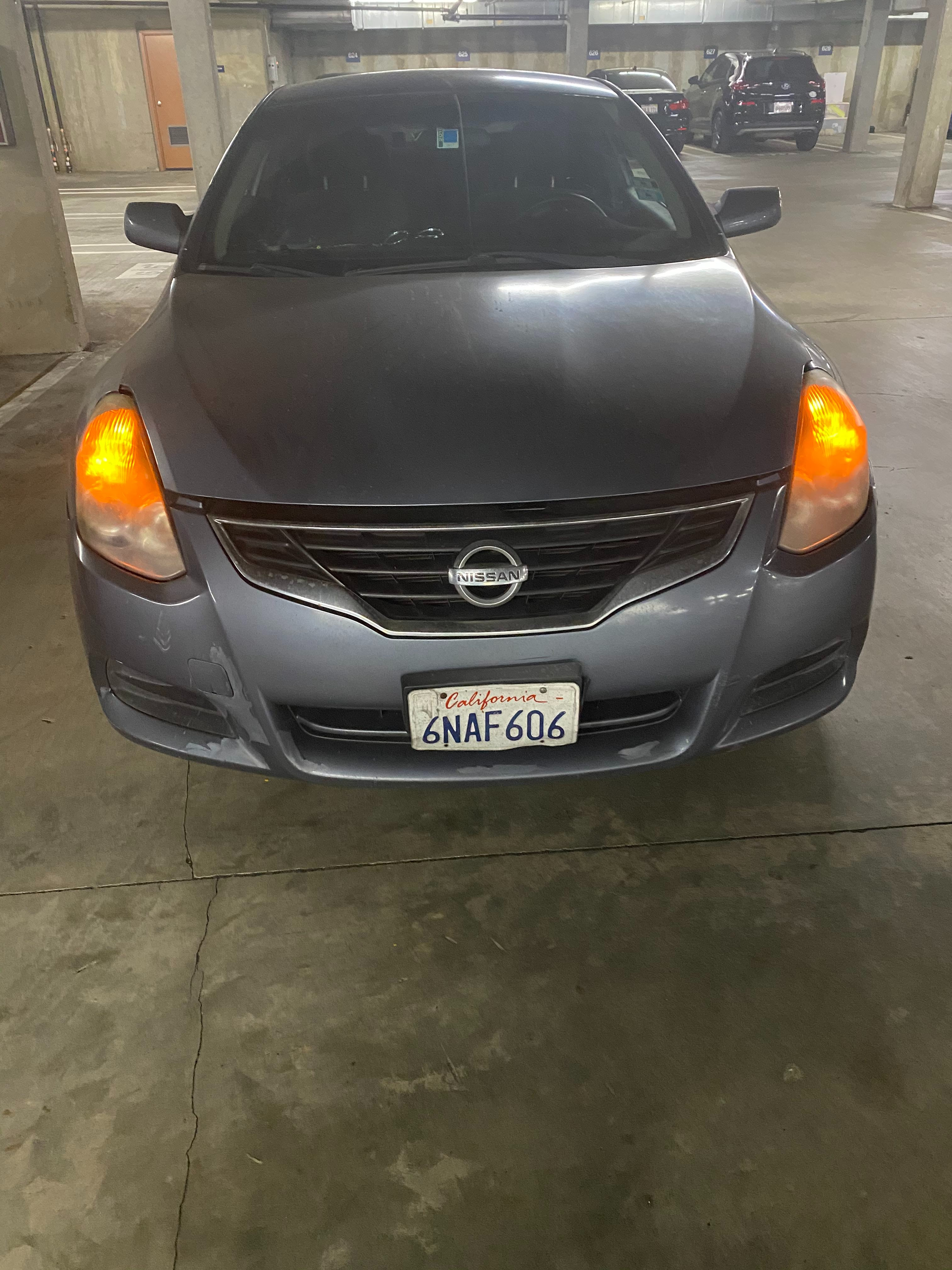 Junk 2010 Nissan Altima in Long Beach