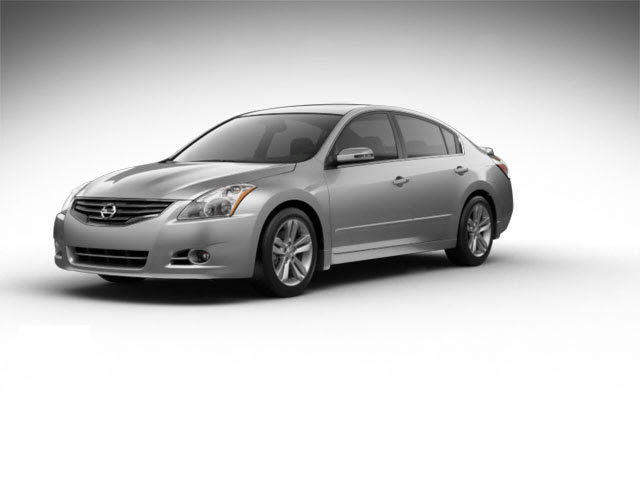 Junk 2010 Nissan Altima in Whittier