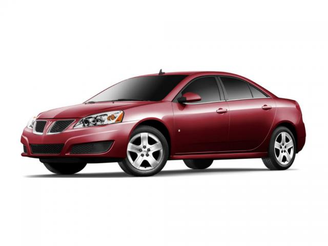 Junk 2010 Pontiac G6 in Arlington