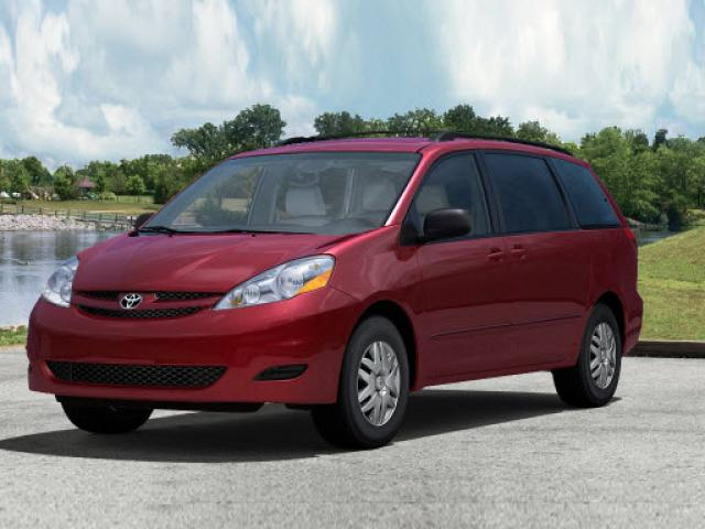 Junk 2010 Toyota Sienna in East Northport
