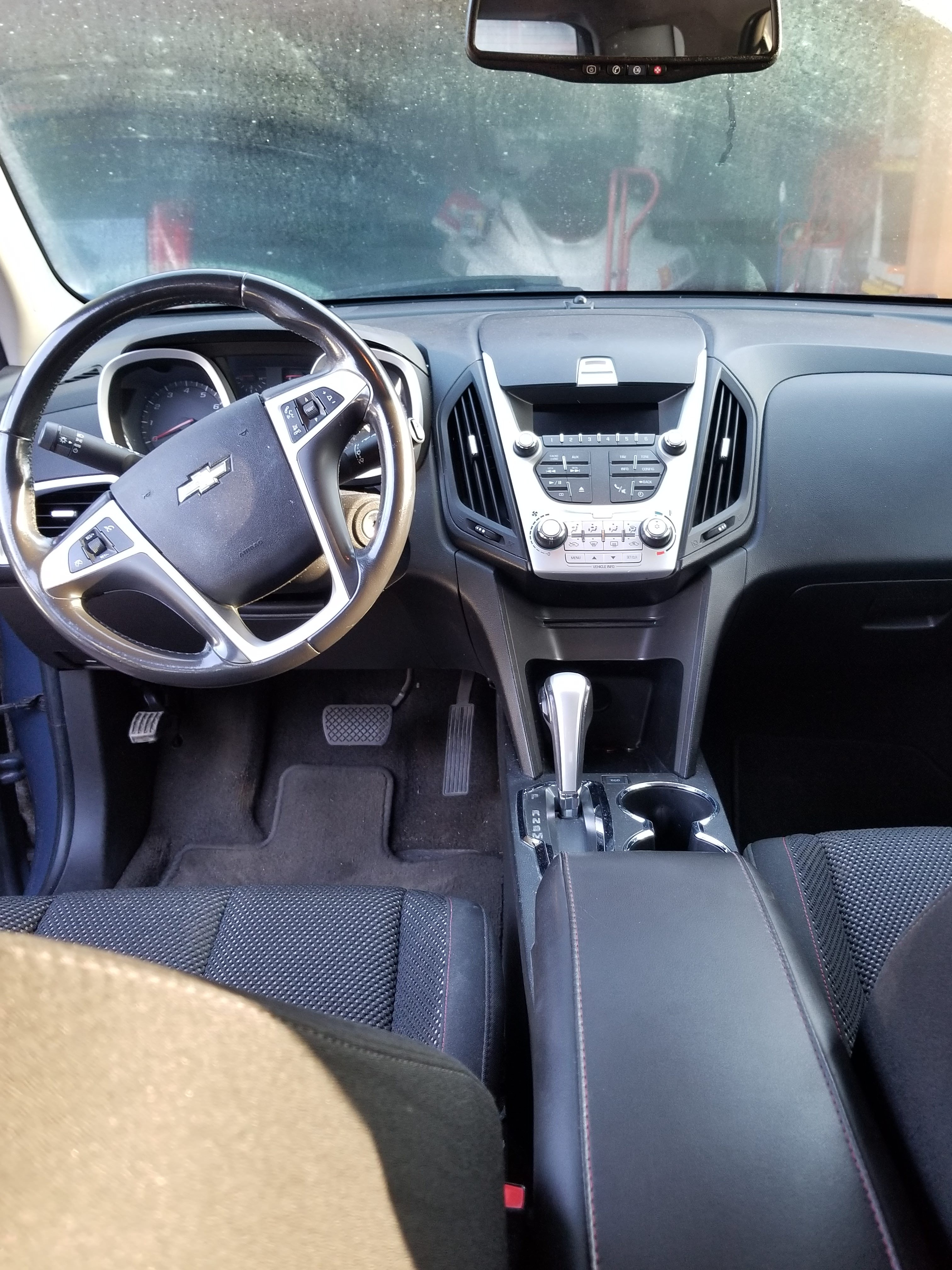 Junk 2011 Chevrolet Equinox in Tampa
