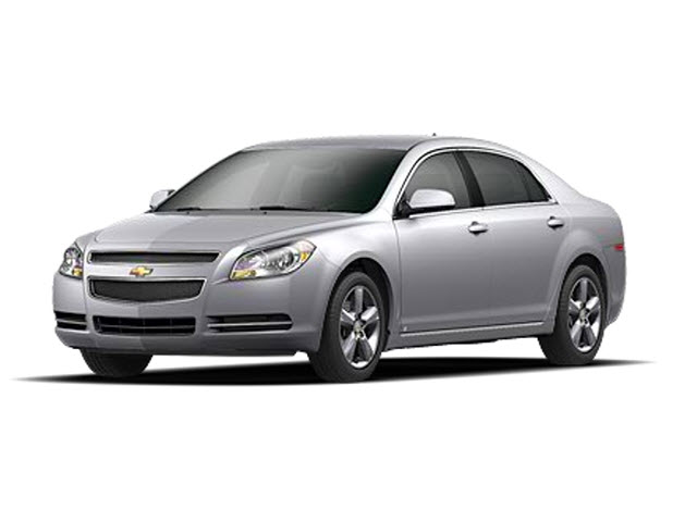 Junk 2011 Chevrolet Malibu in Minneapolis