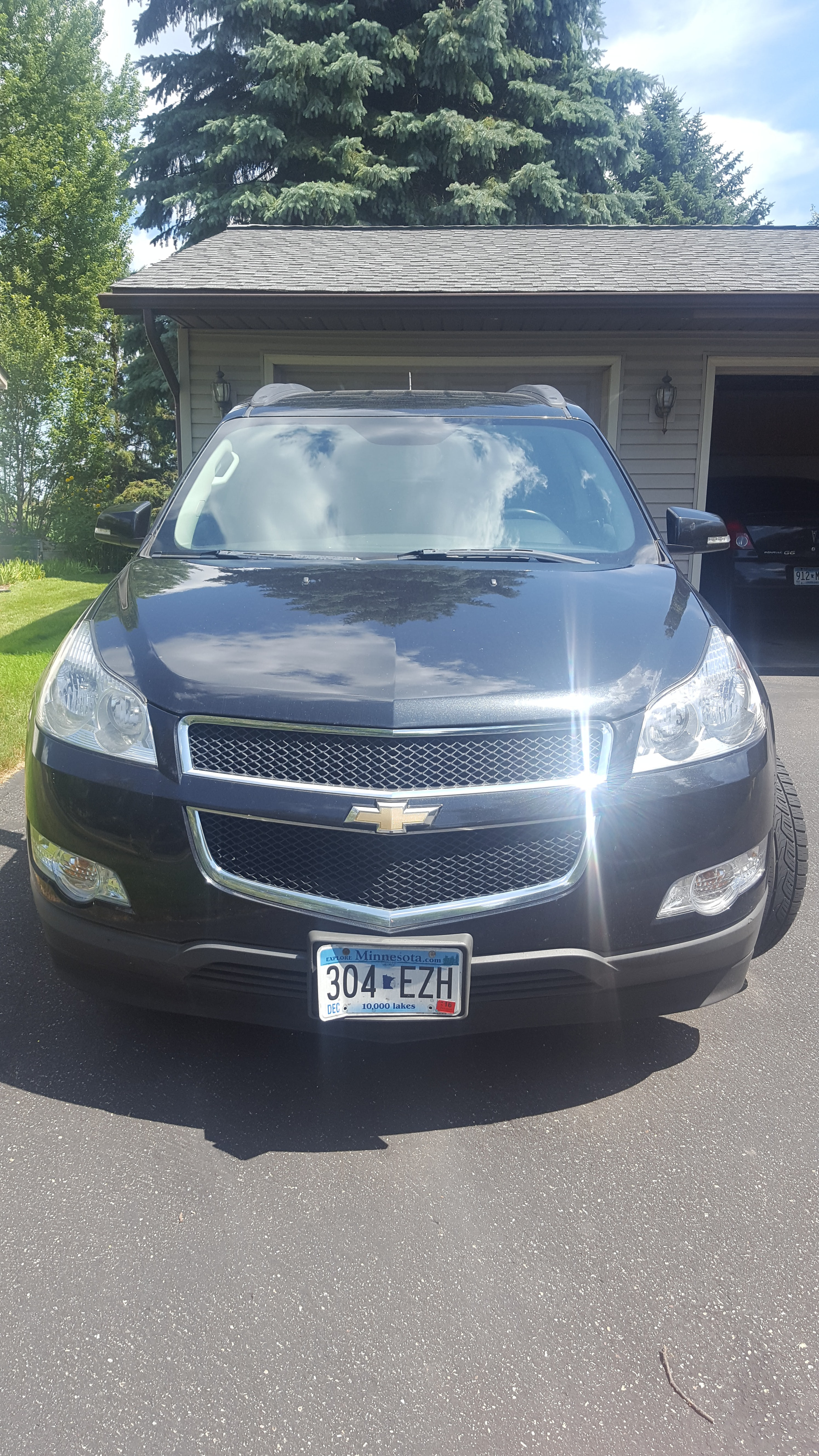 Junk 2011 Chevrolet Traverse in Osseo