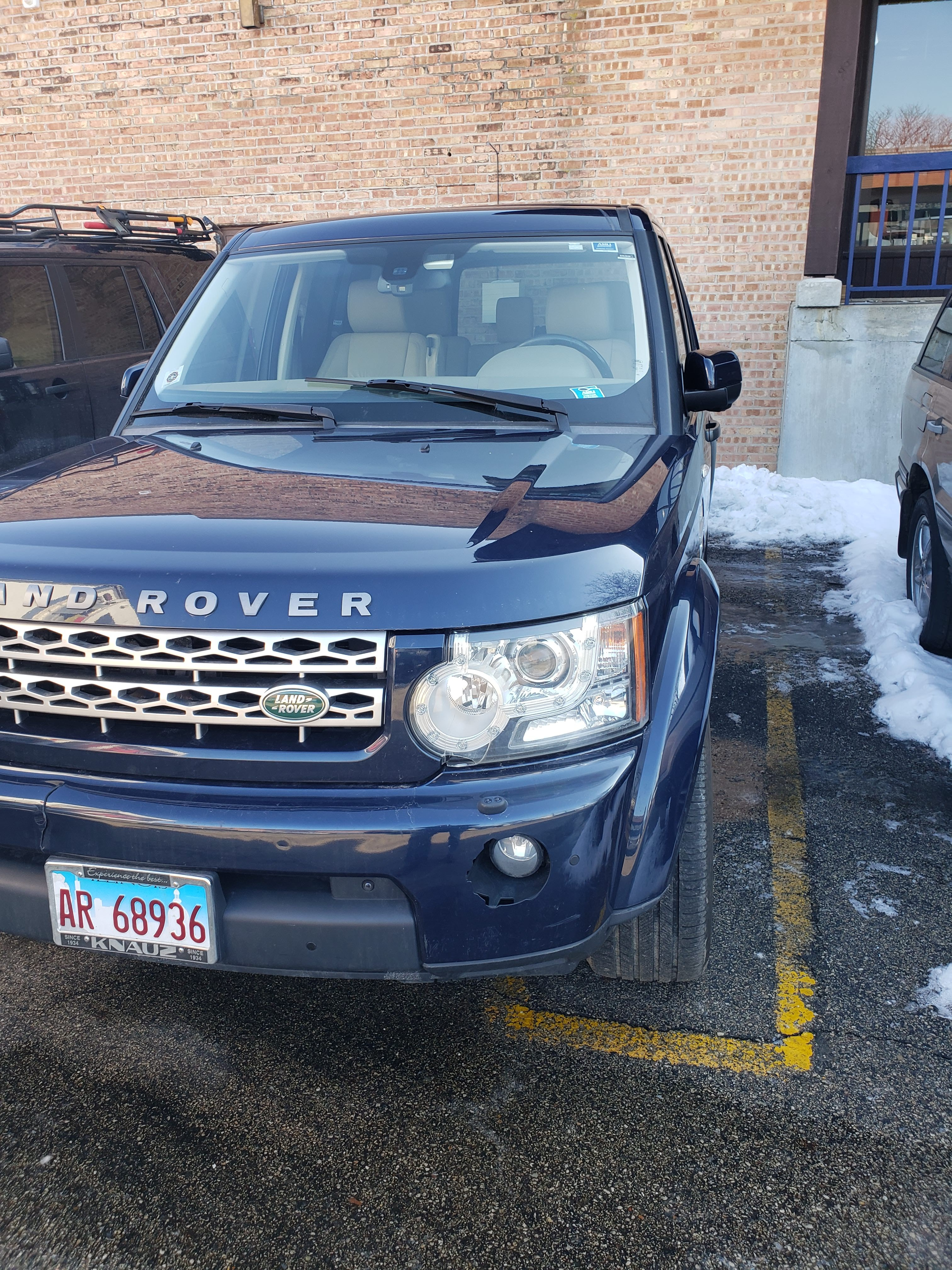 Junk 2011 Land Rover LR4 in Barrington