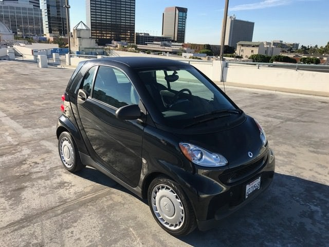 Junk 2011 smart fortwo in Los Angeles