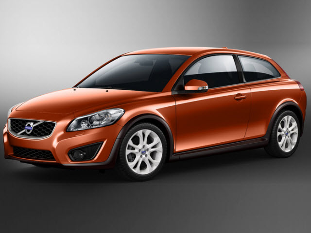 Junk 2011 Volvo C30 in Acton