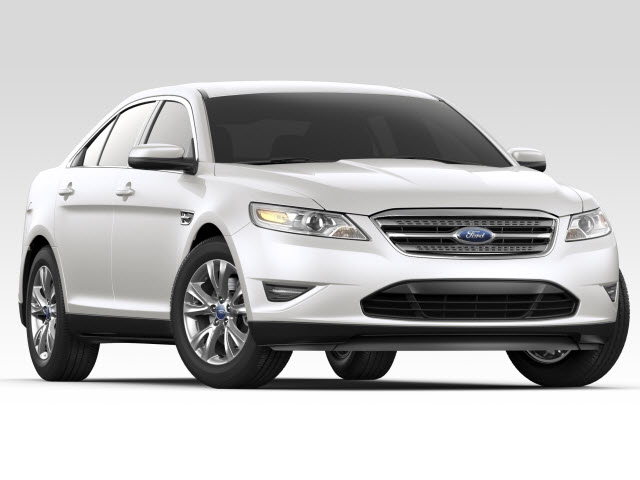 Junk 2012 Ford Taurus in Quincy