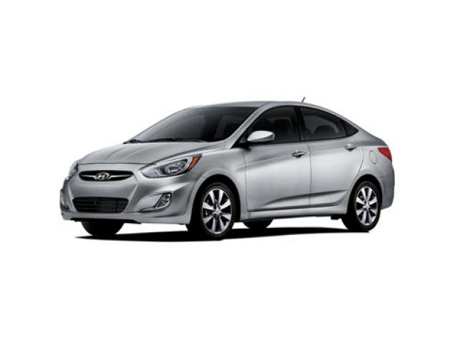 Junk 2012 Hyundai Accent in Discovery Bay