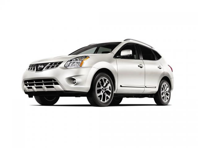 Junk 2012 Nissan Rogue in Cottage Grove