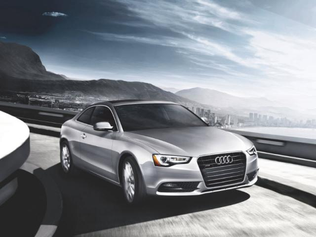 Junk 2013 Audi A5 in Lawrence