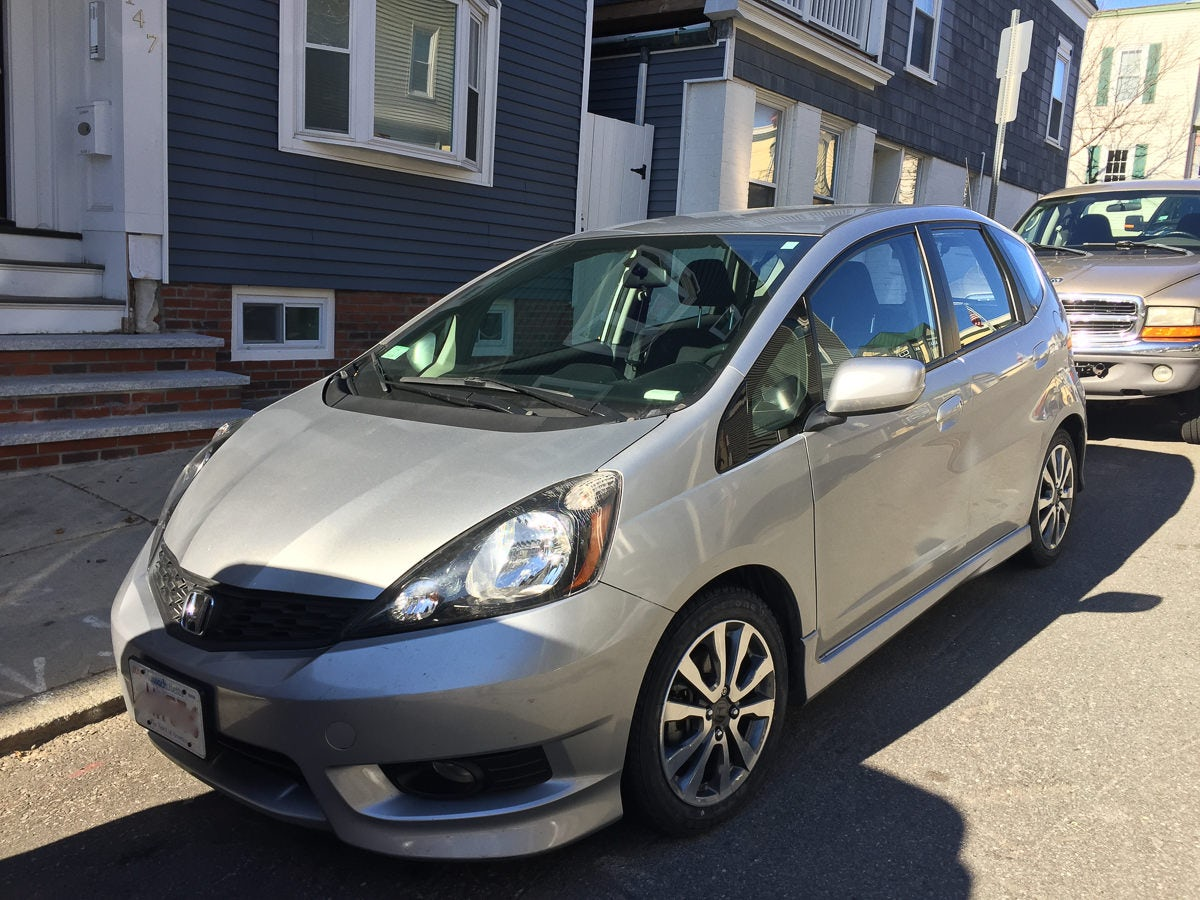 Junk 2013 Honda Fit in Boston
