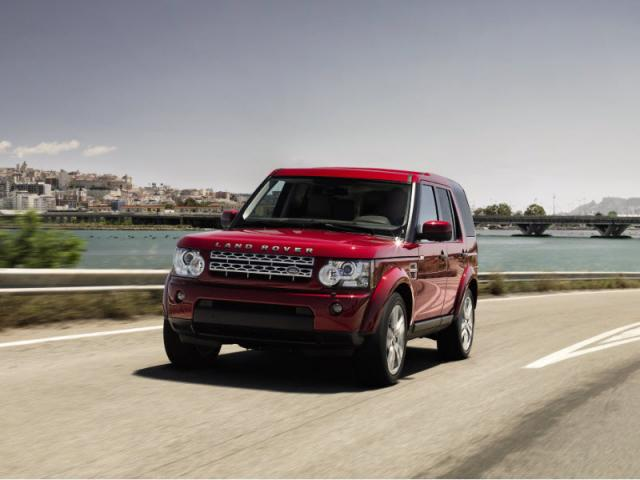 Junk 2013 Land Rover LR4 in Austin