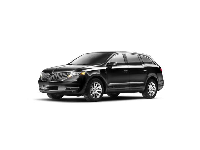 Junk 2013 Lincoln MKT in Oakland