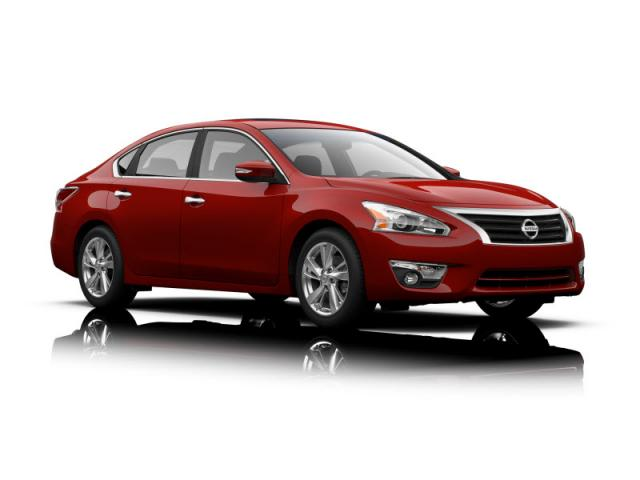 Junk 2013 Nissan Altima in Fairburn