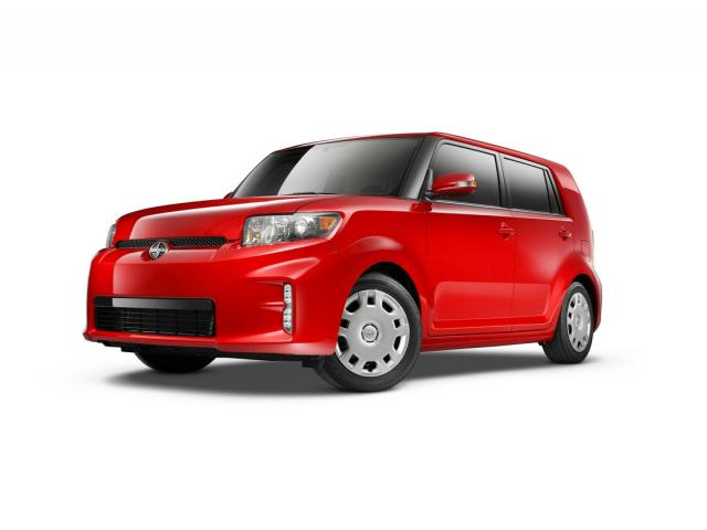 Junk 2013 Toyota Scion xB in North Las Vegas