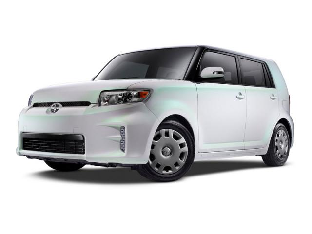 Junk 2014 Toyota Scion xB in San Antonio