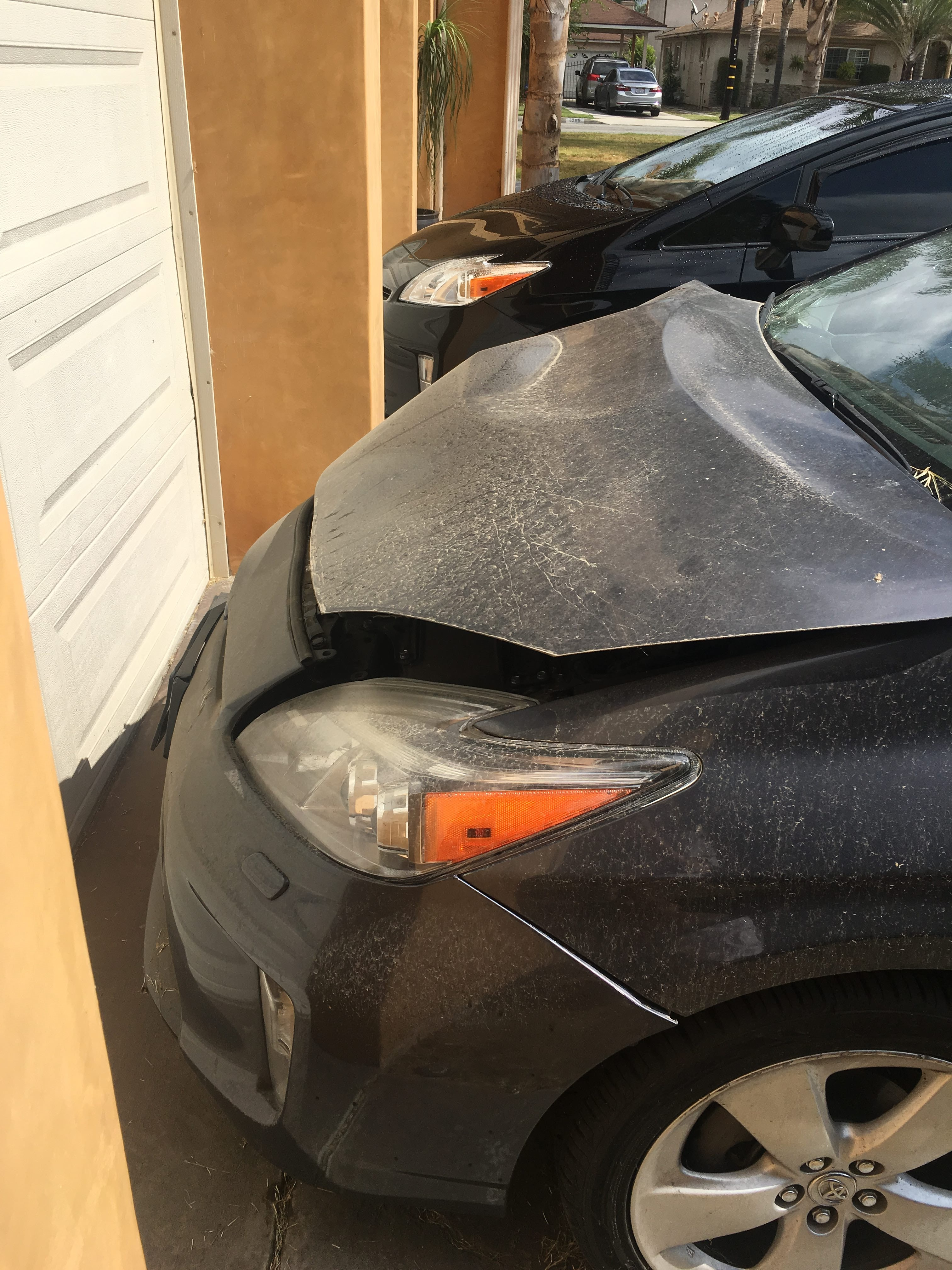 Junk 2015 Toyota Prius in Downey