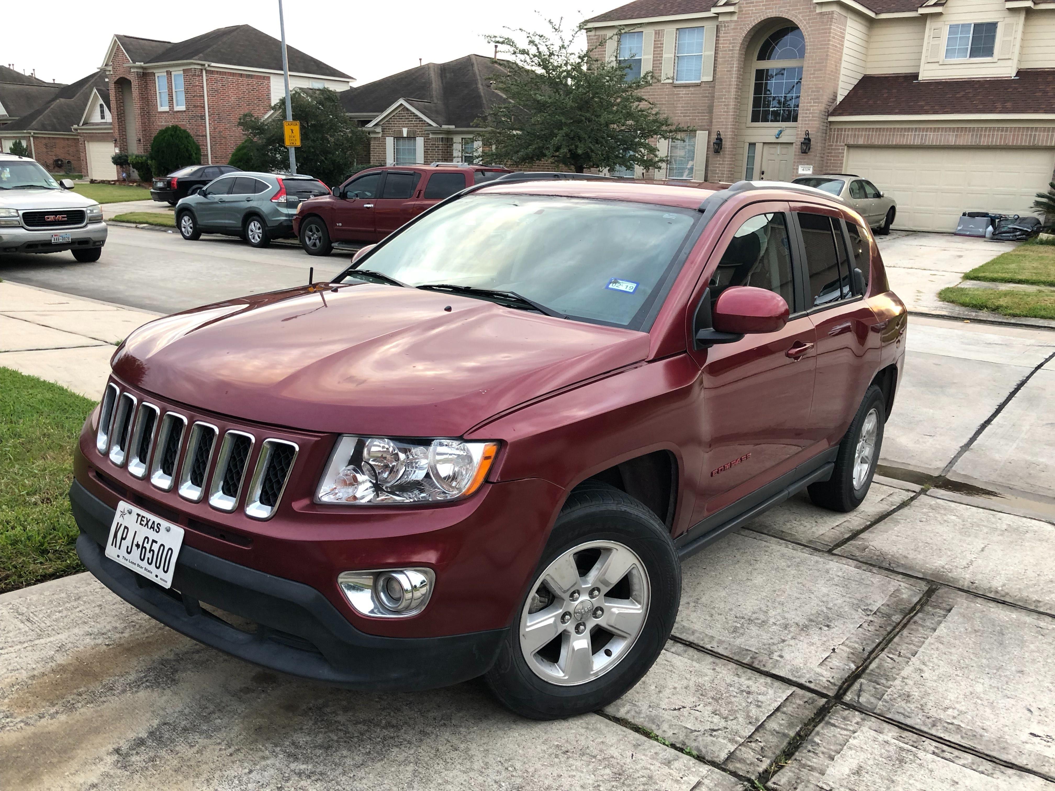 Junk 2017 Jeep Compass in Houston